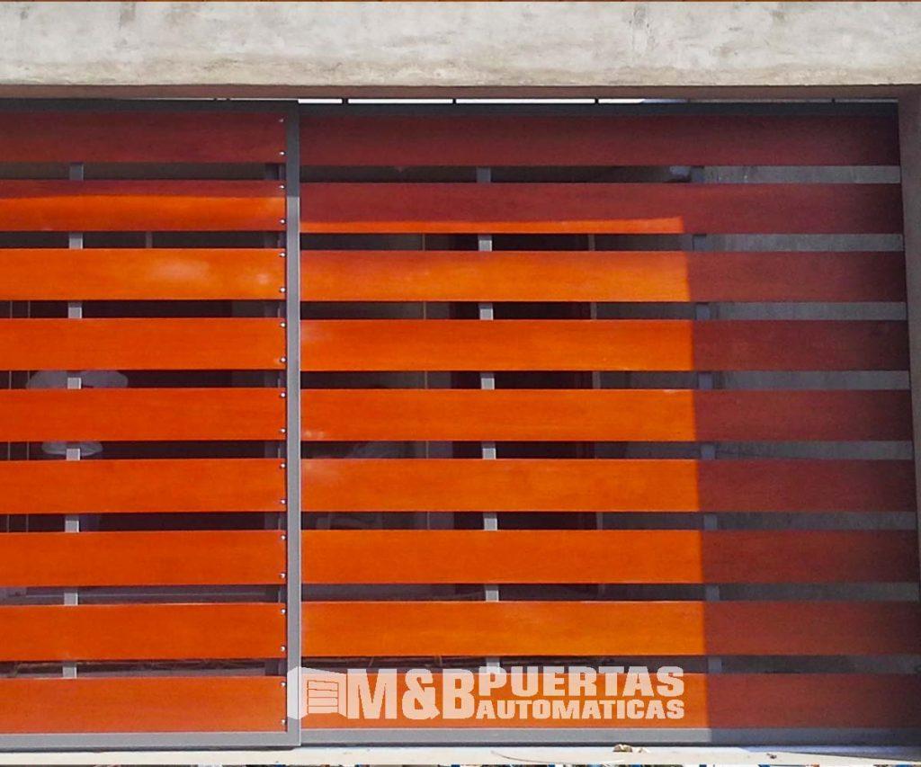 Listones de madera m b puertas autom ticas for Puertas de madera para cochera