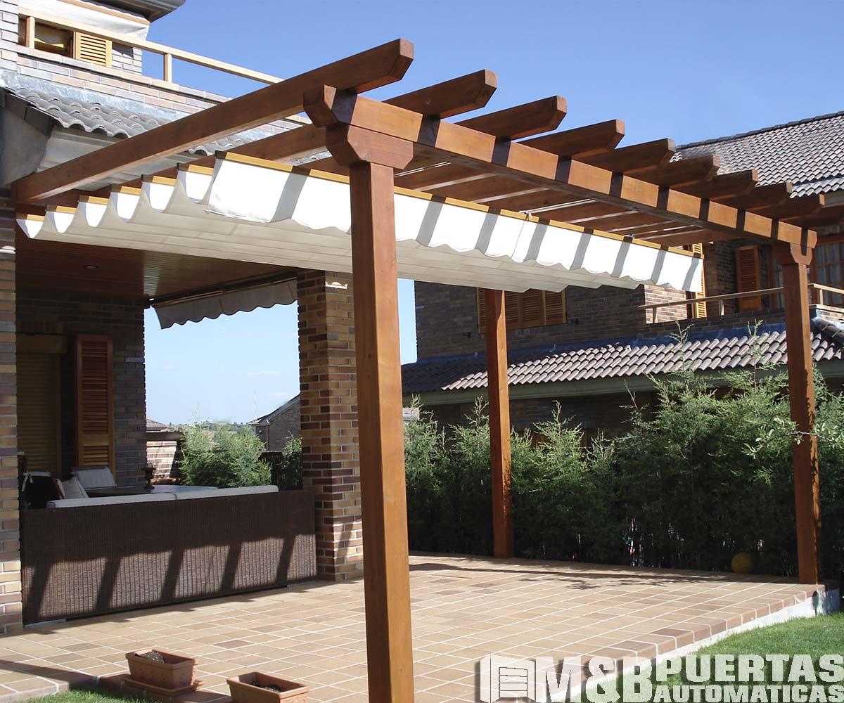 Techos de madera sol y sombra m b puertas autom ticas - Vigas madera techo ...