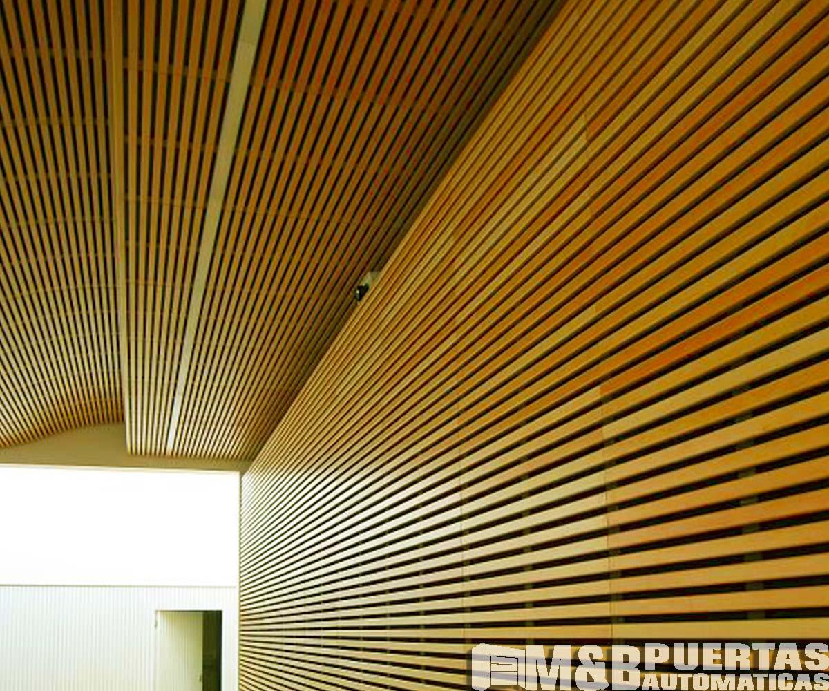 Techos de madera sol y sombra m b puertas autom ticas - Listones de madera baratos ...