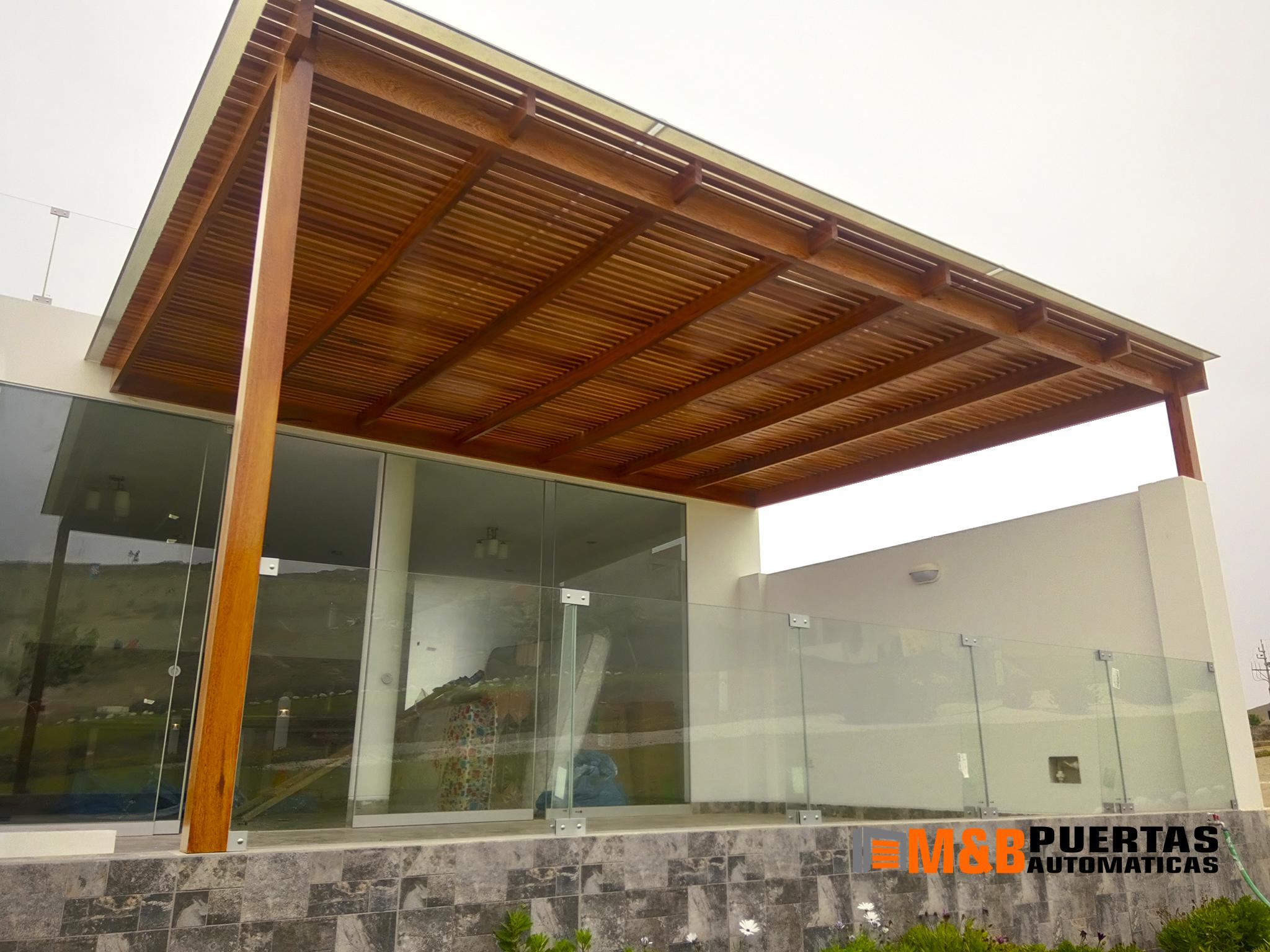 Techos sol y sombra para terrazas y jard n los mejores for Techos de teja para terrazas