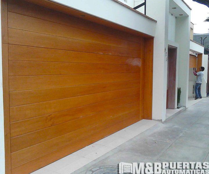 porton madera con marco cajon