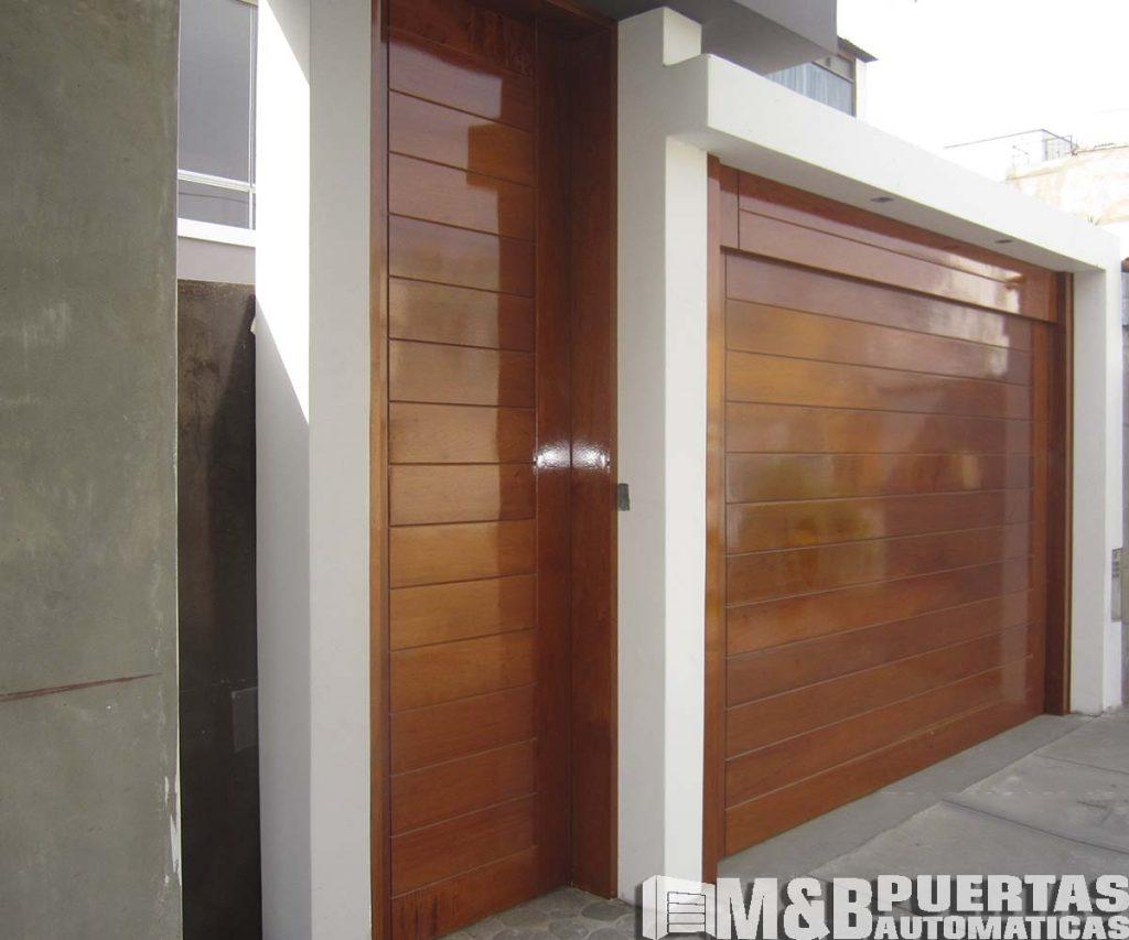 Puertas principales en madera y panel importado m b - Puertas de garaje de madera ...