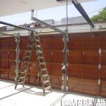 puerta seccional madera maciza
