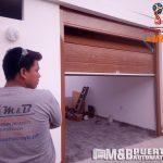 instalacion de puerta de garaje en panel